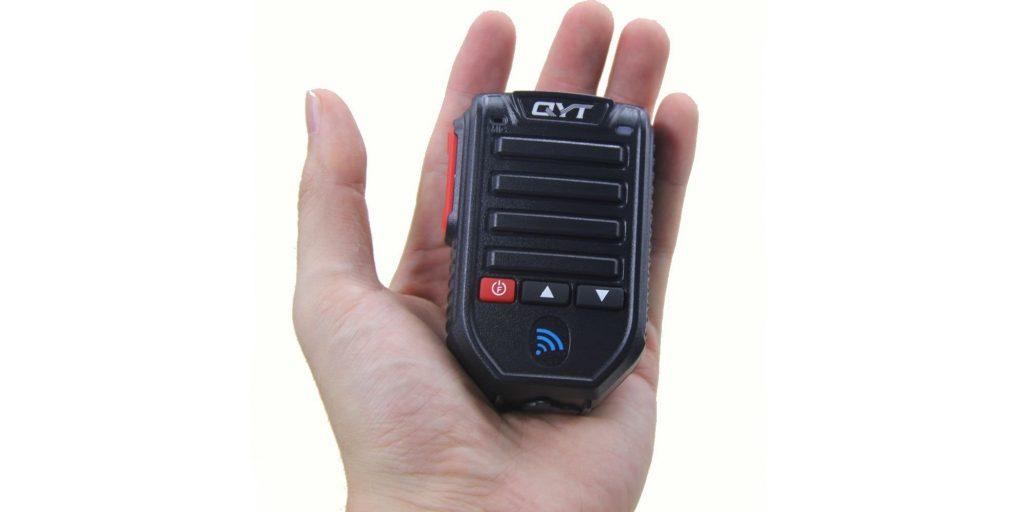 QYT Wireless Bluetooth Microphone